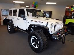 white jeep sahara 2017 2017 jeep wrangler unlimited sahara smokey mountain in bright