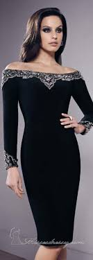sleeve black dress best 25 black dress sleeve ideas on black