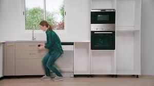 pose fileur cuisine ikea tuto cuisine 6 pose des plinthes et de la ventilation