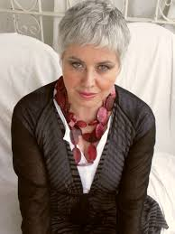 grey hairstyles for senior women from giuliana to jane and jamie lee lee curtis jamie lee curtis