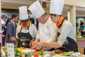 chefs de cuisine celebres cuisine la tablã e des chefs mobilise les chefs et professionnels