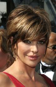 how to style lisa rinna hairstyle lisa rinna s modern shag hairstyle