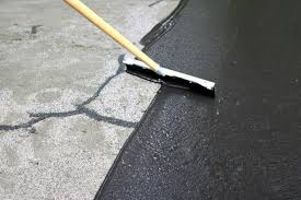 How To Fix Cracks In Concrete Patio How To Fix Cracks In A Driveway And Apply A Coat Of Sealant How