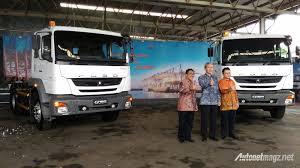 mitsubishi truck indonesia mitsubishi fuso luncurkan tractor head fz 2016 di indonesia