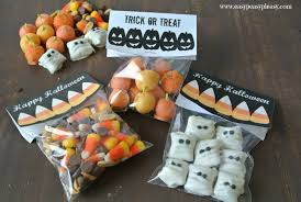 free printable halloween treat bag toppers easy peasy pleasy