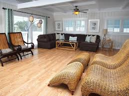 Dog Friendly Laminate Flooring Modern Private Channel Home Bungalow 55 Pr Vrbo
