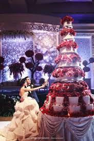 wedding cake jakarta island wedding cake cakes pools summertime