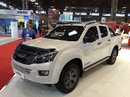 isuzu dmax 2015 isuzu d max blade range topper business vans