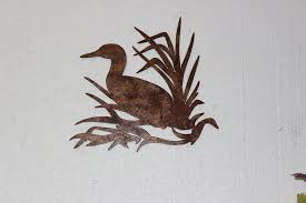 amazon com duck in reeds metal wall art country rustic hunting