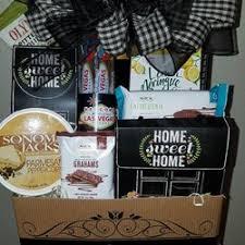 gift baskets las vegas demi s gift baskets 28 photos 14 reviews gift shops