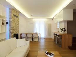 illuminazione a soffitto a led uno splendido soggiorno illuminato da strisce led bianche
