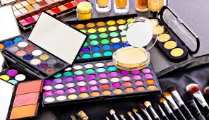 wedding makeup kits 6 things to keep in mind while buying bridal makeup kit amuserr