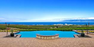 Wedding Locations 10 Maui Wedding Venues From Grand Wailea To Montage Kapalua Bay