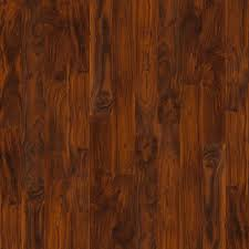 laminate floor de lis