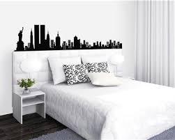 deco chambre ado theme york décoration chambre ado york tête de lit sticker mural noir blanc