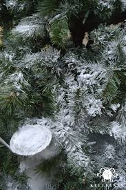 Snow Flocking For Christmas Trees by How To Flock A Christmas Tree Kelley Nan