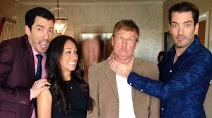 joanna gaines parents awesome where do property brothers live has property brothers chip