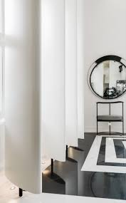 kelly hoppen writes for the blog mad about the house