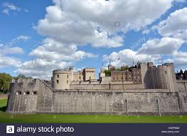 the outer curtain wall of the tower of london in city of london