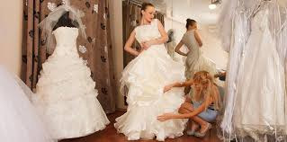 average cost of wedding dress alterations wedding dress alterations cost uk wedding dresses in redlands