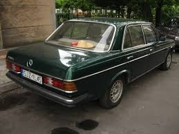 file green mercedes benz w123 in kraków 3 jpg wikimedia commons