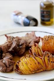 comment cuisiner du cerf rôti de cerf sauce au poivre pommes de terre au four à la suédoise