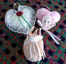 ornaments 3 satin pearls lace 1980s