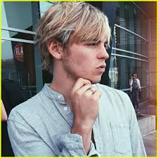 the weekends new haircut ross lynch s new instagram pic is the perfect thing to kick off