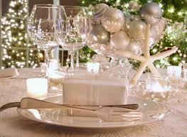 Cheap New Years Table Decorations by Decorations For The New Year U0027s Eve Table Hum Ideas