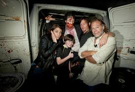 halloween horror nights maze new photo lauren cohan universal studios hollywood u0027s halloween