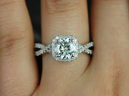 Workout Wedding Rings by 25 Best Circle Engagement Rings Ideas On Pinterest Circle