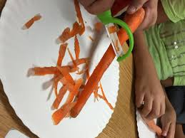 Childrens Kitchen Knives Five Ways To Include The Kids In Thanksgiving Meal Prep Foodcorps