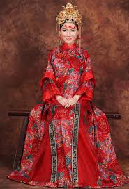 Chinese Wedding Dress Gold Phoenix Tail Red Qipao Traditional Chinese Wedding Dress