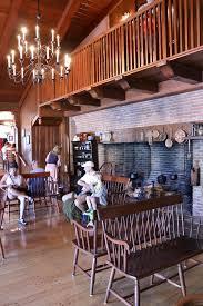 table service magic kingdom mission food walt disney world liberty tree tavern