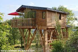 chambre insolite avec le domaine des prés verts spa vinésime cabanes de