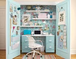 bureau dans une armoire gain de place créez votre bureau dans une armoire decoration and