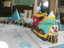 cool homemade thomas the train cake photos and ideas
