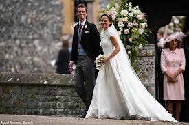 Alexander Mcqueen Wedding Dresses Kate Wears Pink Alexander Mcqueen Dress To Pippa Middleton U0027s Wedding
