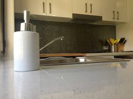 Kitchen Splash Guard Ideas 10 Best Kitchen Splash Backs Images On Pinterest Kitchen