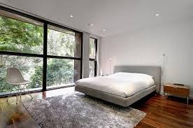 chambre a coucher contemporaine design design interieur chambre coucher moderne tapis shaggy gris lit