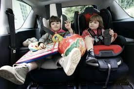 siege auto devant siège auto quelles sont les voitures familiales les mieux adaptées