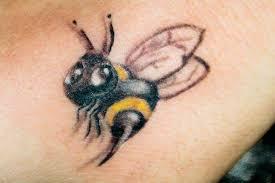 cute black bee tattoo design tattoo ideas pictures tattoo