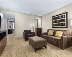 Sofa Bed Living Room Santa Clara Hotel Rooms Suites Embassy Suites By Hilton Santa