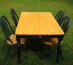 oak kitchen table with four chairs 125 email vlj1969 yahoo com