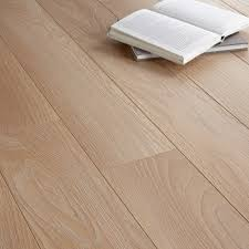 What Is Wood Laminate Flooring Toccata Cardiff Oak Effect Laminate Flooring 1 65 M Pack