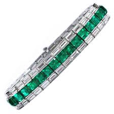 diamond emerald bracelet images Superb classic colombian emerald diamond gold line tennis bracelet jpeg