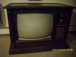 Vintage Bedroom Furniture For Sale by Fine Vintage 1960 U0027s 25 Magnavox Console Color Tube Tv Excellent