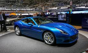 blue ferrari wallpaper 2015 ferrari f12 berlinetta v12 wallpaper car 26587 adamjford com