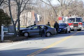 barrington crash car hits tree on sowams road rhodybeat