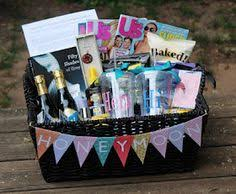 honeymoon shower gift ideas honeymoon gift basket gift ideas honeymoon gifts